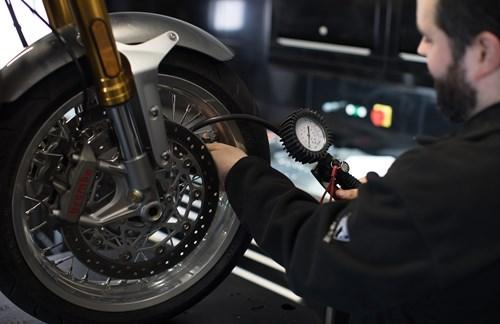 Motorradverkäufer m/w/d für Triumph Motorräder